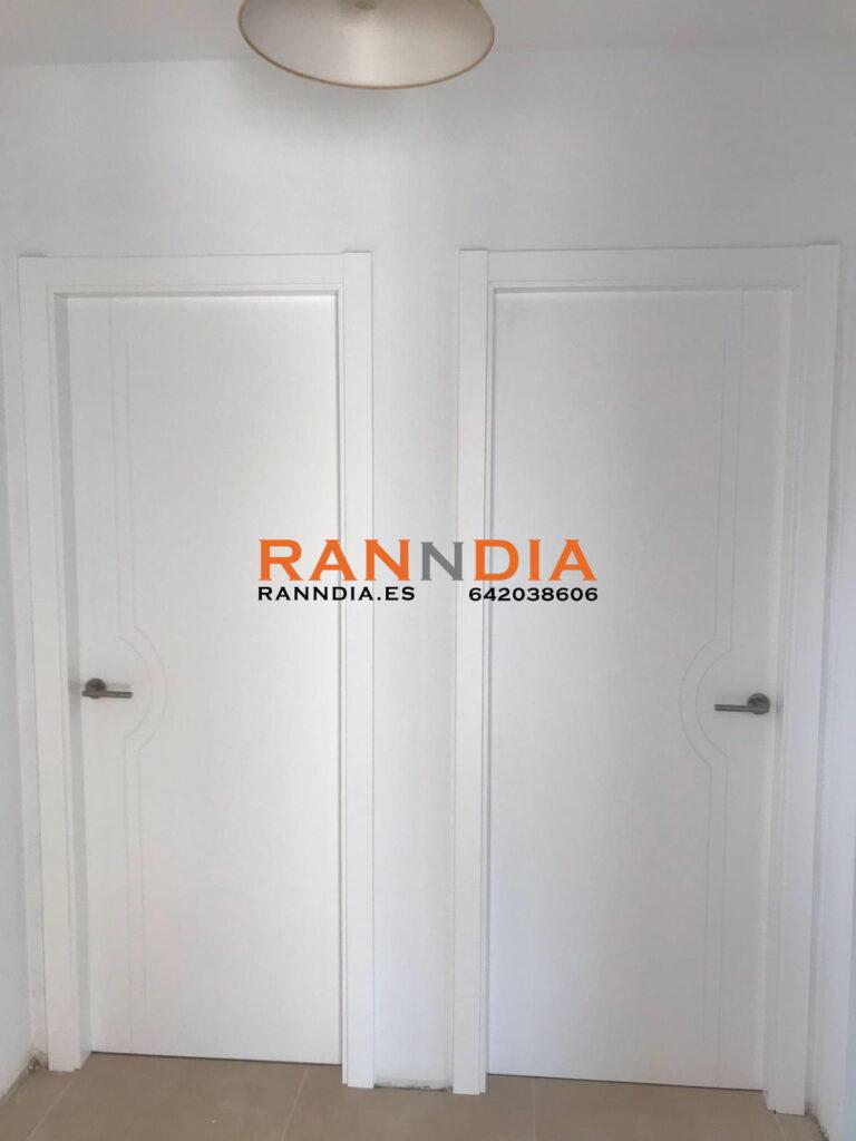 Puertas en Fuengirola de madera